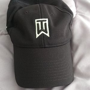 Nike Tiger Woods hat $38+ free white hat Items